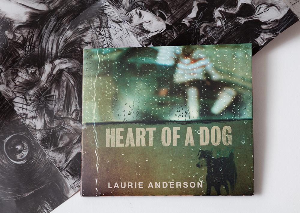 laurie-anderson_heart-of-a-dog_zufaelle_irene-jost